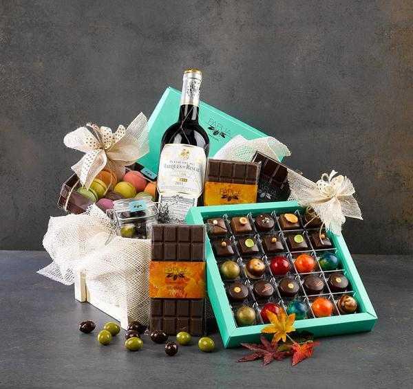 kosze prezentowe ze słodkościami
